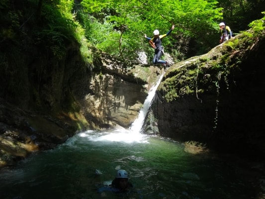 Canyoning Via ferrata Escalade Collectivités